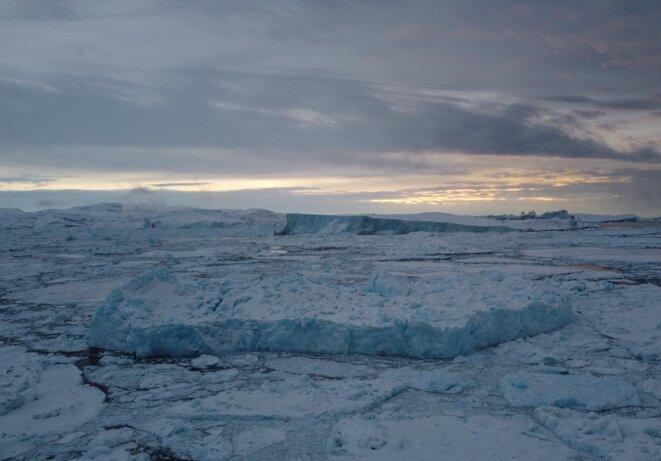 Des glaciers Fjord dans la ville du nord de Groenland. © Mortaza Behboudi / 30 décembre 2020