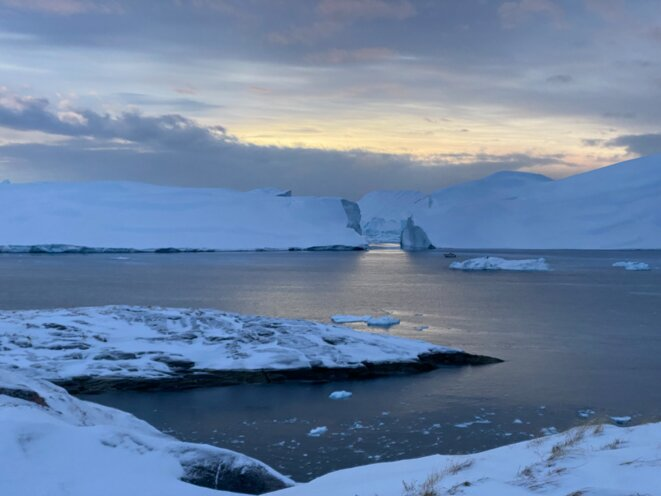Des glaciers Fjord dans la ville du nord de Groenland. © Mortaza Behboudi / 31 décembre 2020