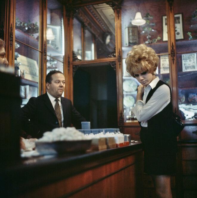 Lisetta Carmi, I travestiti, Renée, 1965-1970, c-print on Hahnemühle paper, 27,5 × 27,7 cm (print), 48,2 × 48,2 × 2 (frame) © Lisetta Carmi and Martini & Ronchetti, Genova