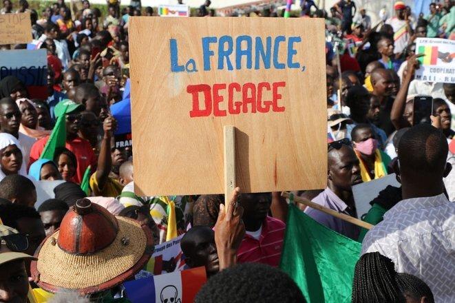 une manifestation antifrançaise à Bamako au Mali le 22 septembre 2020