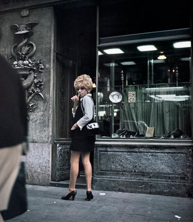 Lisetta Carmi, I travestiti, Renée, 1965-1970, c-print on Hahnemühle paper, 31,4 × 27,7 cm (print), 58,2 × 48,2 × 2 cm © Lisetta Carmi and Martini & Ronchetti, Genova