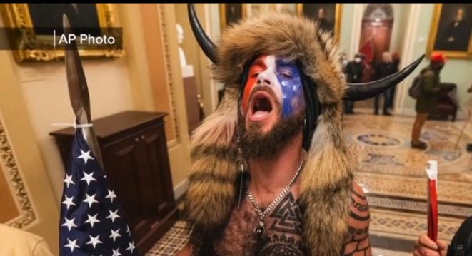 """Jacob Chansley, AKA Jake Angeli, AKA """"Buffalo guy,"""" Arizona man makes first court appearance in for charges related to storming the U.S. Capitol. © AP"""
