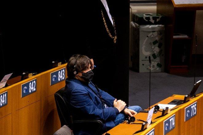 Carles Puigdemont en el Parlamento Europeo en Bruselas en noviembre de 2020. © Martin Bertrand/Hans Lucas vía AFP