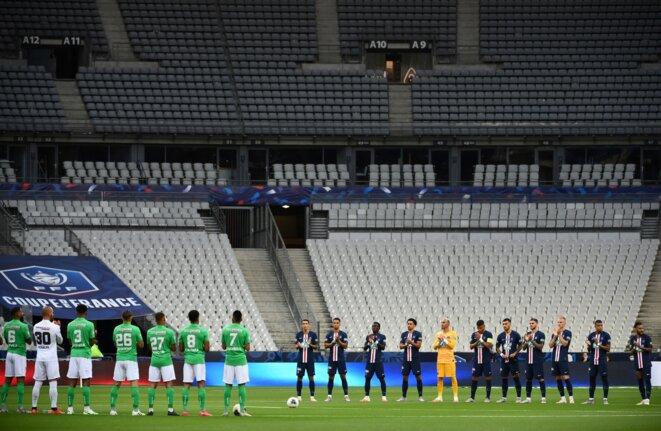Les équipes de Saint-Etienne et du Paris Saint-Germain lors de la finale de la Coupe de France 2020