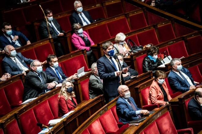 Une partie du groupe Les Républicains à l'Assemblée nationale, le 8 décembre 2020. © Xose Bouzas / Hans Lucas.