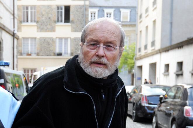 Maurice Agnelet, le 11 avril 2014 à Rennes, quelques minutes avant d'entendre  le verdict le condamnant à 20 ans de prison. © JEAN-SEBASTIEN EVRARD / AFP