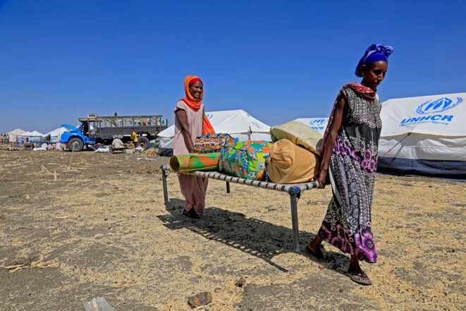 Des réfugiées éthiopiennes ayant fui le Tigray, dans un camp de Mafaza, à l'est du Soudan © Ashraf Shazly / AFP