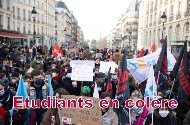 Les étudiants oubliés ... © Pierre-(Alain Reynaud