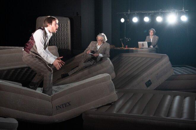 """Scène de """"Voyage en Ataxie"""" © Alain LMonot"""