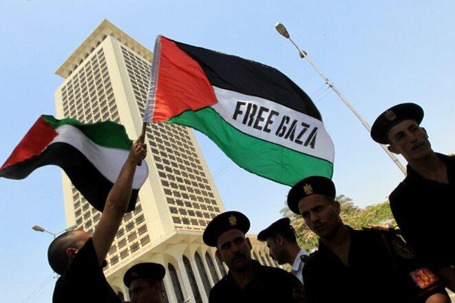 Une manifestation anti-israélienne au Caire devant le ministère des affaires étrangères en mai 2010. © Khaled Desouki/AFP
