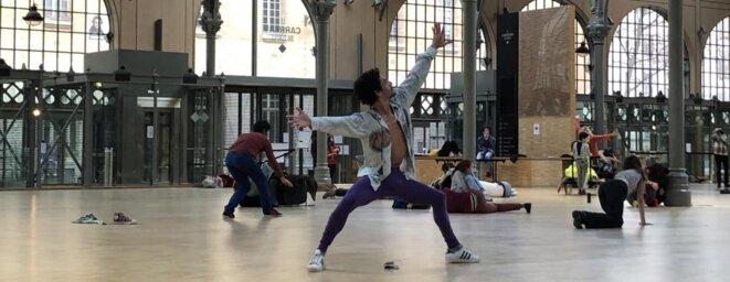 Yves-Noël Genod, Sur le Carreau, répétitions, Le Carreau du Temple, 2021 © Photo : César Veyssié