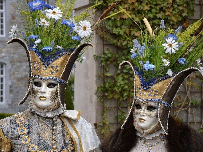 porter-un-costume-carnaval-venise