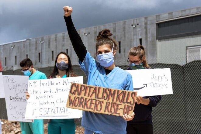 Manifestation de salariés devant un entrepôt d'Amazon à Staten Island (New York, États-Unis), en mai 2020. © STEPHANIE KEITH / GETTY IMAGES NORTH AMERICA / Getty Images via AFP