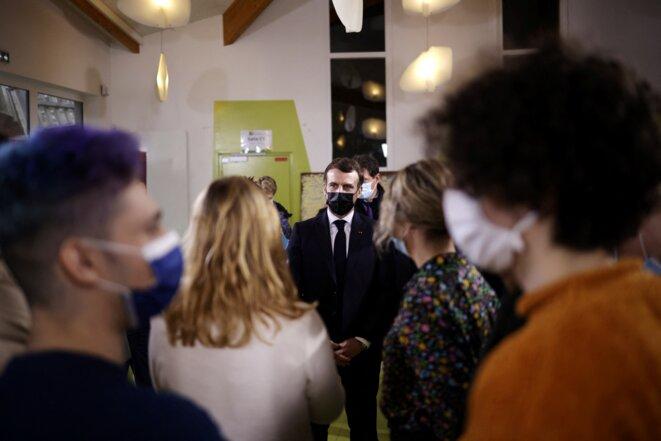 Emmanuel Macron à la Maison des étudiants de l'Université Paris-Saclay, le 21 janvier. © Yohan Valat/Pool/AFP