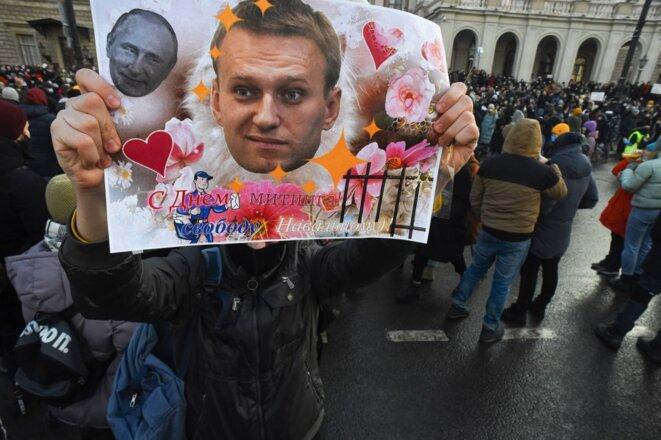 Une manifestation de soutien à Alexeï Navalny le 31 janvier 2021 à Saint-Pétersbourg. © Olga Maltseva/AFP