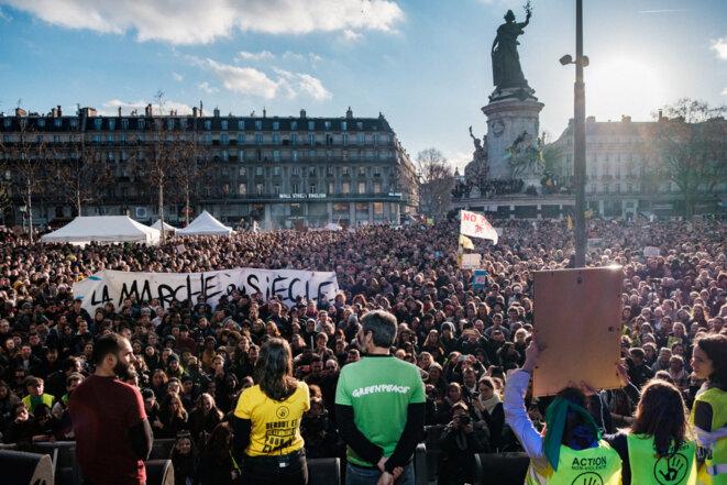 Rassemblement Marche du Siècle place de la République, 16 mars 2019 © Basile Mesré-Barjon