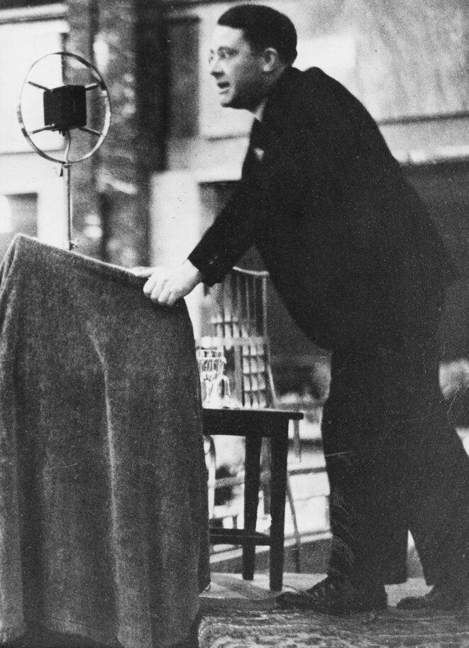Carl Schmitt en 1930. (Ullstein / Getty)