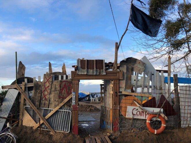 Barricade sur le rivage de la Loire, ZAD du Carnet, janvier 2021 (JL).