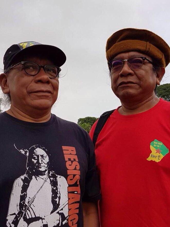 Les Frères de Lutte Alexis (à gauche) et Maurice TIOUKA.