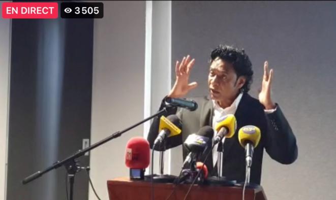 M. Nandcoomar Bodha, lors de sa conférence de presse, le vendredi 19 février, à Port-Louis © Capture d'écran (Defimedia - Facebook)