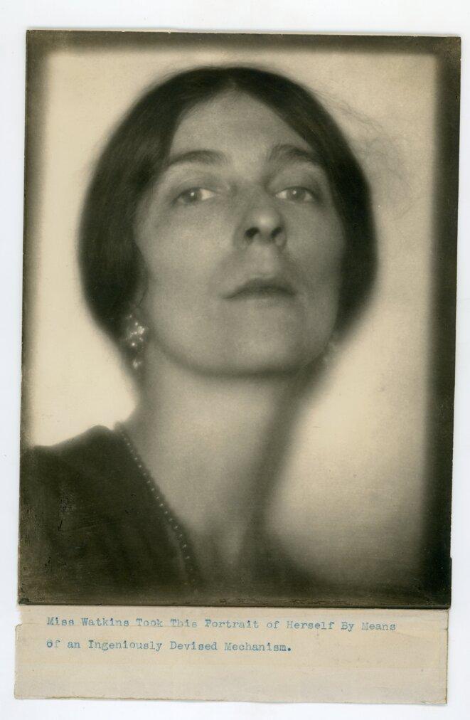 Autoportrait, v. 1923 © © Margaret Watkins. Collection Joseph Mulholland, Glasgow