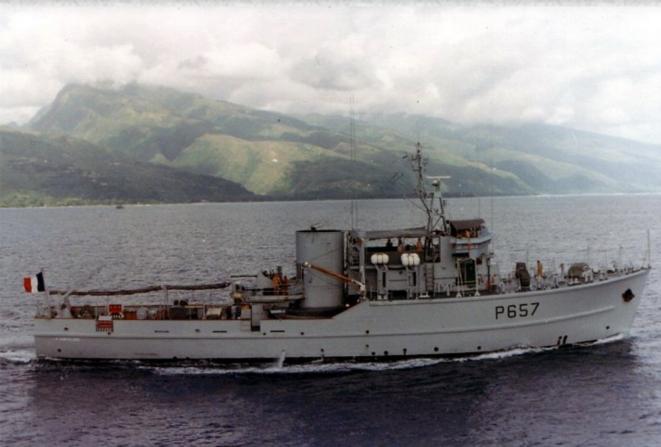 « La Paimpolaise » lors de la campagne d'essai nucléaire en Polynésie française. Date inconnue. © DR