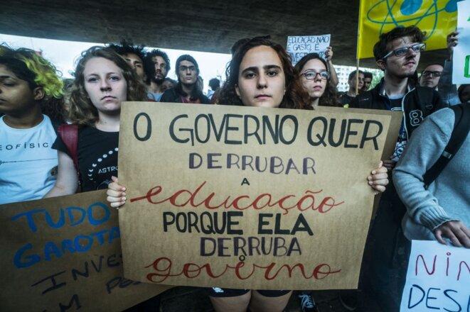 Manifestation d'étudiants contre la politique universitaire de Bolsonaro en mai 2019 à São Paulo. © Cris Faga/NurPhoto /AFP