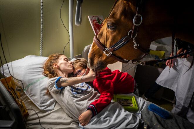 30 novembre 2020 au Centre de soins palliatifs du Centre hospitalier de Calais. © Jeremy Lempin / Divergence