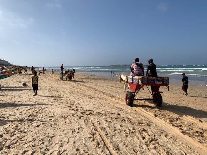 Sur la plage de Yoff Tonghor, Dakar, le 17 mars 2021. © JB / Mediapart