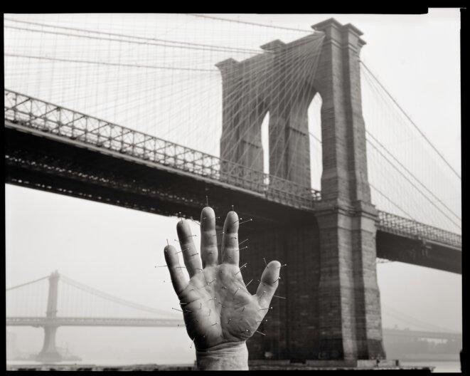 Jeffrey Silverthorne, Brooklyn Bridge, 1976 © Jeffrey Silverthorne
