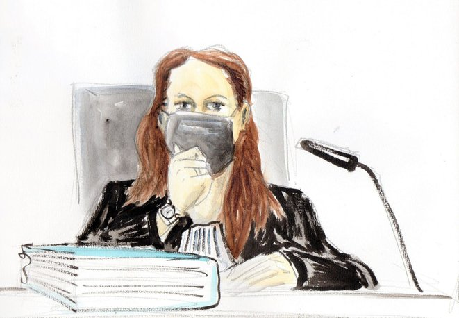 La présidente du tribunal de la 6e chambre bis, Céline Ballerini. © Dessin : Ben 8 / Marsactu.