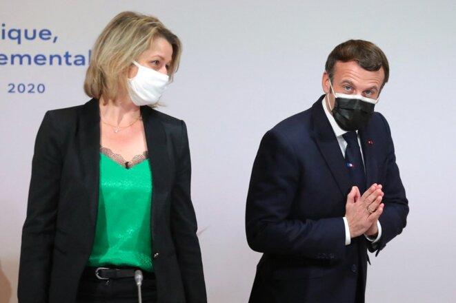 Barbara Pompili et Emmanuel Macron, en décembre 2020. © Thibault Camus / POOL / AFP