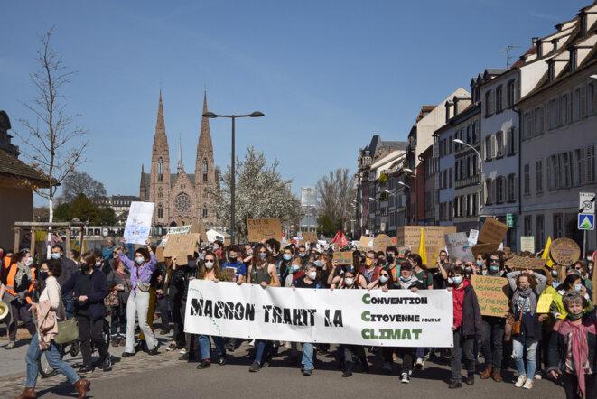 2 000 marcheurs pour une vraie loi climat à Strasbourg – 110 000 partout en France ! © Lucie Dubois