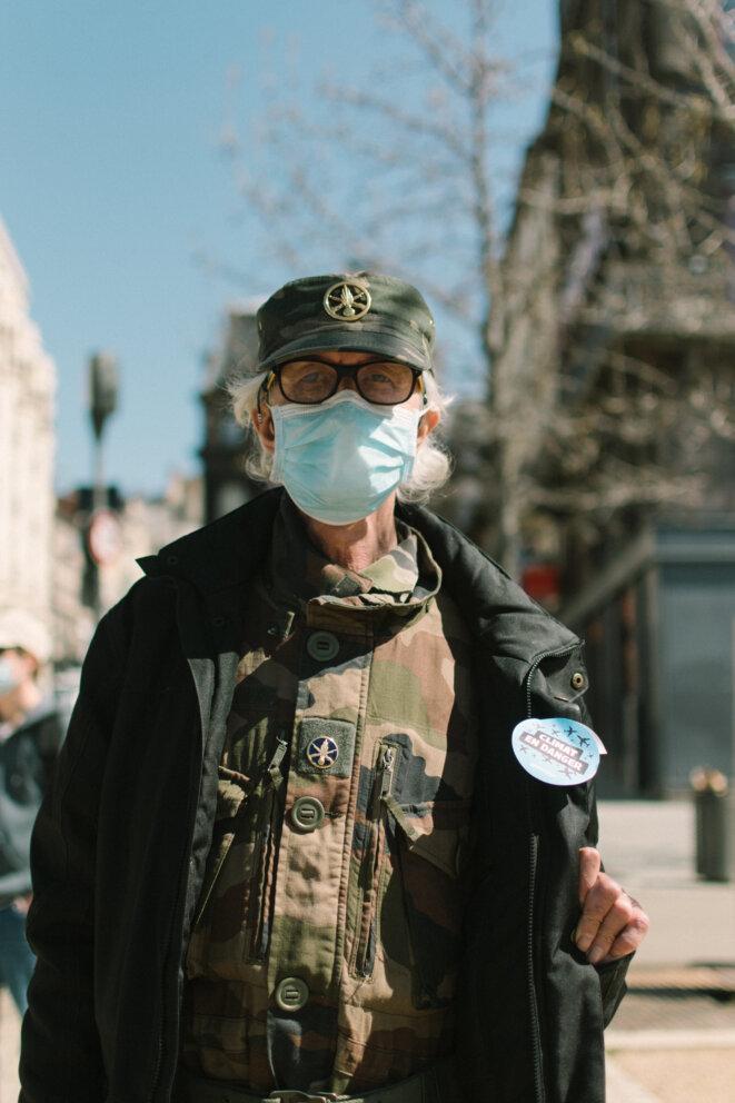 Portrait d'un manifestant. © © Adrien Fillon