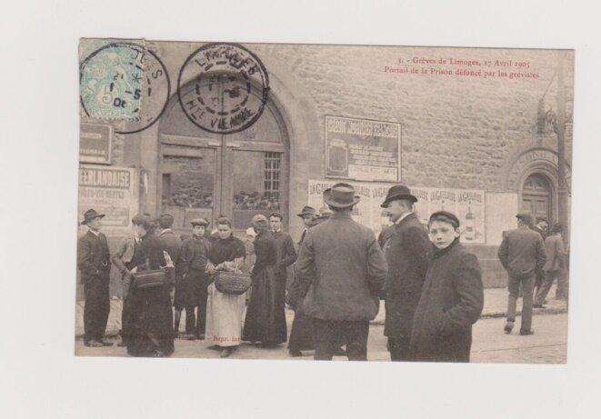 Grève à Limoges en 1905  - manifestation - portial prison enfoncé