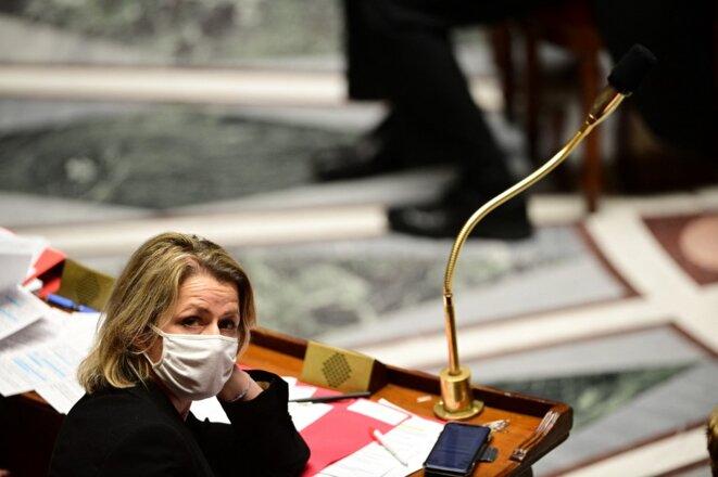 La ministre de la transition écologique Barbara Pompili à l'Assemblée nationale, le 15 décembre 2020. © MARTIN BUREAU / AFP