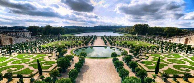 Vue des jardins du Château de Versailles.
