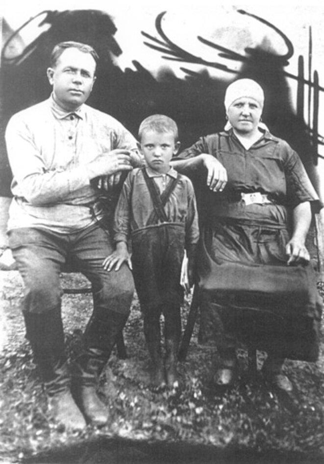 Mikhail Gorbatchev et ses grands parents