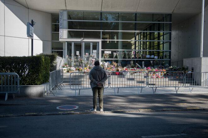 Commissariat de Rambouillet, le 26 avril 2021. © Magali Cohen / Hans Lucas via AFP