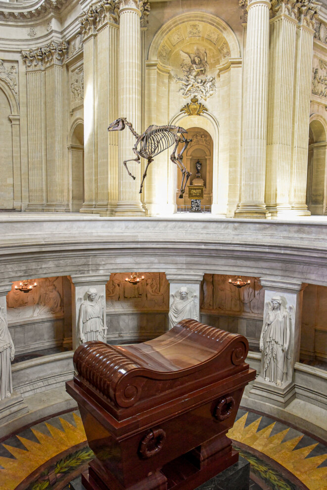 Pascal Convert -Memento Marengo - Désarticulation et reconstitution à partir du scan 3D du squelette du cheval «Marengo» conservé au National Army Museum à Londres