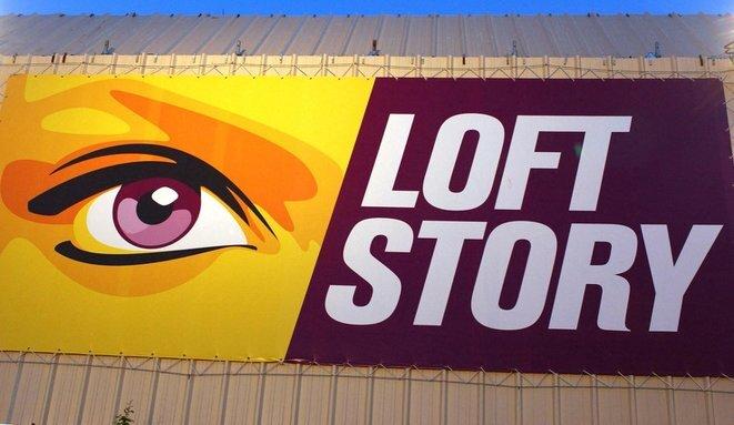 The 'Loft Story' logo on April 25th 2002 at La Plaine Saint-Denis north of central Paris during season 2. © Bertrand Guay/AFP