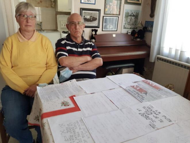 Céline et Jean, 68 et 63 ans, reçoivent des lettres anonymes antisémites depuis 2017. © MdC / Rue89 Strasbourg