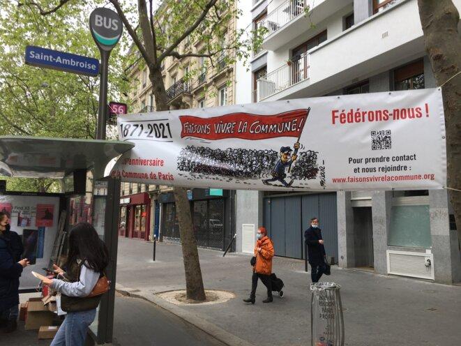 Installation du point fixe de FVLC, au niveau du 76, boulevard Voltaire,  dans la matinée du 1er mai 2021. © Droits réservés FVLC