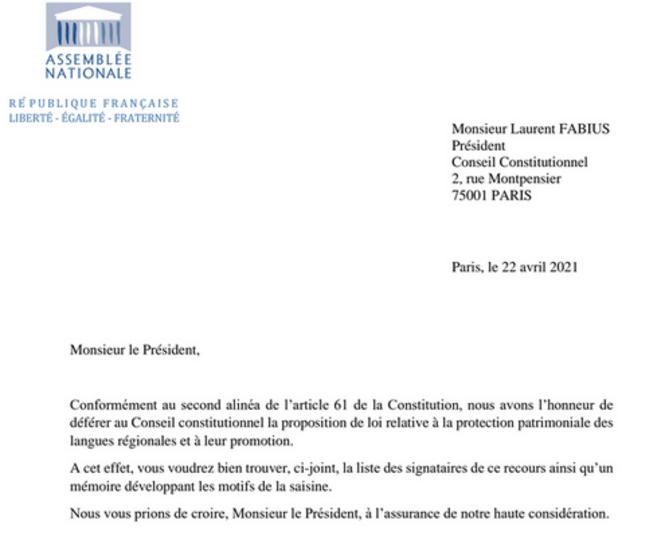 La saisine déposée contre l'article 6 de la loi «Molac» sur la protection des langues régionales, déposée auprès du Conseil constitutionnel le 22 avril 2021.