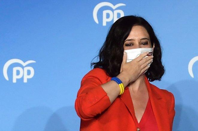 Isabel Díaz Ayuso en la tarde del martes 4 de mayo, en la sede del PP, tras el anuncio de su victoria. © Pierre-Philippe Marcou/AFP