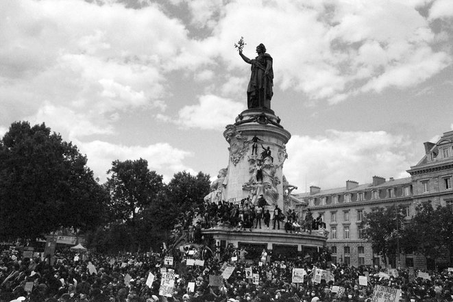 Rassemblement contre le racisme et les violences policières le 13 juin 2020, Place de la République, Paris. © Éris