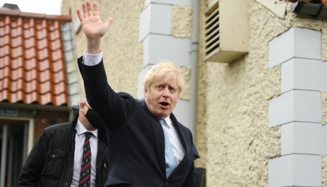 Le premier ministre Boris Johnson en campagne électorale à Hartlepool, dans le nord-est de l'Angleterre, le 7 mai 2021. © Oli SCARFF / AFP