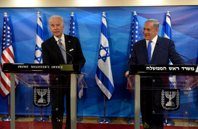 Joe Biden et Benyamin Netanyahou en 2016 au siège du premier ministre israélien à Jérusalem. © DEBBIE HILL / AFP / POOL