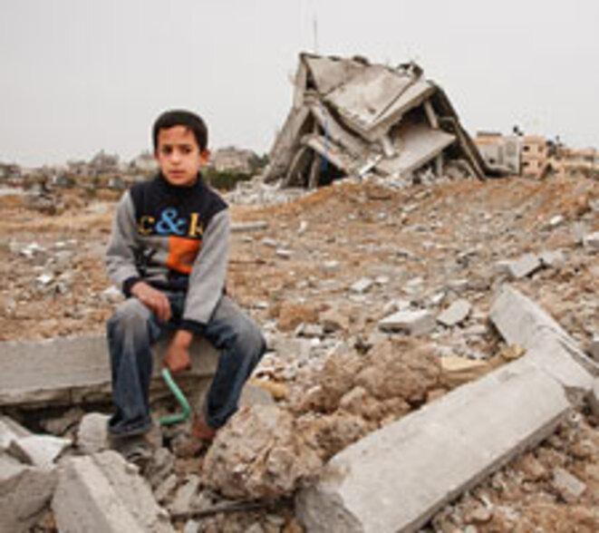www.humanium.org/fr/palestine/