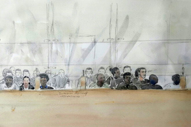 Le box des accusés lors du procès en première instance de l'attaque de Viry-Châtillon. © Benoit PEYRUCQ / AFP